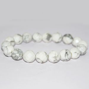 Howlite Faceted 10 mm Bracelet