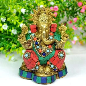 Brass Ganesha with Stone for Home Decor, Gifting, Diwali--750-850 Gram Approx