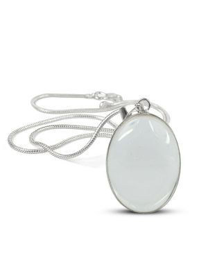 AAA Quality Clear Quartz Oval Pendant With Silver Polished Metal Chain