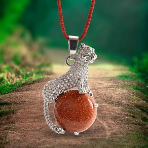 Goldstone Brown Leopard Shape Pendant with Metal Polished Chain