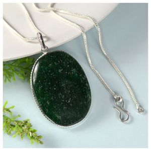 Green Aventurine Oval Shape Pendant with Chain