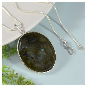 Labradorite Oval Shape Pendant with Chain